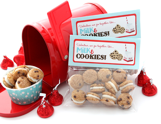 Milk and Cookies Free Valentine's Day Printable |CelebrationLane.com