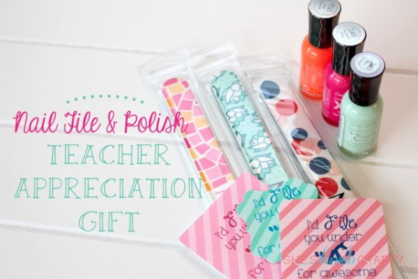 16 Fabulous Teacher Gifts (and Free Printables)!